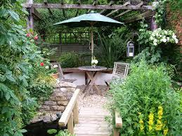 small garden decorating ideas
