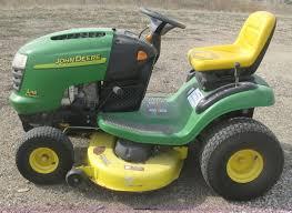 2005 john deere l118 riding lawn mower item k2994 sold