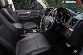 mitsubishi shogun interior 2015 mitsubishi pajero exceed review video performancedrive