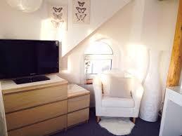 wohn schlafzimmer einrichten modernes wohndesign geräumiges modernes haus wohn schlafzimmer