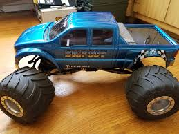 bigfoot electric monster truck i see the new axial grave digger and i raise you one bigfoot rccars