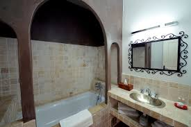 hotel baignoire dans la chambre chambre supérieure originale avec baignoire kamar hôtel