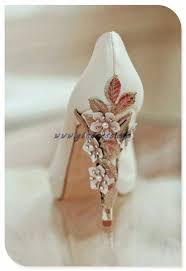 wedding shoes embellished heel vintage wedding shoes maybe i could make something like this