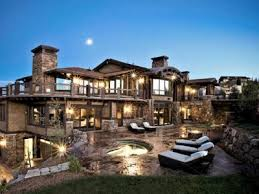 Amazing Houses Tricked Out Mansions Showcasing Luxury Houses Amazing Ridiculous