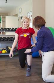 advantage rehab physical therapy team