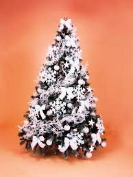 tree hire frosty style fully decorated