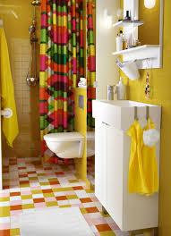 Yellow And Pink Bathroom Cómo Organizar Un Cuarto De Baño Para Que Sea Cómodo Y Práctico