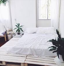 How To Make A Platform Bed Frame From Pallets by 74 Best Pallet Bed Images On Pinterest Pallet Furniture Pallet