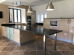 plan de travail de cuisine sur mesure cuisine sur mesure plans de travail table en granit table en