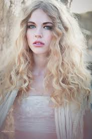 gypsy hairstyle gallery sicilian gypsy by emilysoto long blonde curly hair lace for the