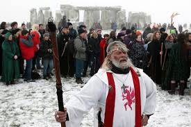 this is why pagans celebrate yule at stonehenge world religion news