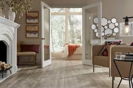 Laying Out Laminate Flooring Creative With Your Laminate Flooring Layout And Positioning