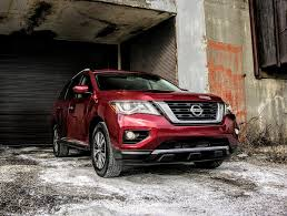 nissan pathfinder in snow has the legendary nissan pathfinder lost its way