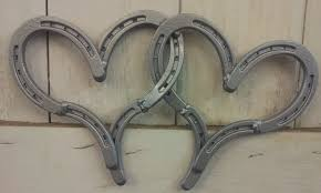heart shaped horseshoes image gallery horseshoe heart drawing