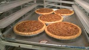 stein farm raising turkeys for thanksgiving dinner wkyc