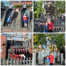 Closest Six Flags Fright Fest At Six Flags New England Thrills By Day And Frights