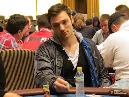 Aza Bad Zwischenahn Hanh Tran Verpasst Die Führung An Tag 1a Der Mega Poker Series