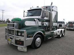 new kenworth semi kenworth t604 photos photogallery with 9 pics carsbase com