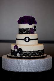 Halloween Themed Wedding Cakes 24 Best Halloween Wedding Ideas U0026 Decorations Images On Pinterest
