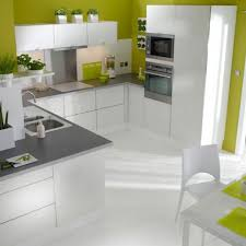 cuisine moderne et design design de cuisine moderne comptoir de granit noir élégant
