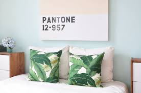 pantone 2017 colors of the year how to incorporate pantone u0027s 2017 color of the year into your