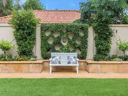 Retaining Wall Ideas For Gardens Garden Ideas With Retaining Wall Realestate Au
