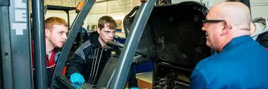 Forklift Mechanic F Tec Forklift Training Fork Lift Apprenticeship Scheme