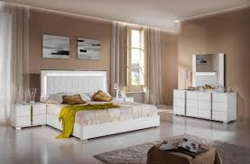 attending bedroom set queen white can be a disaster if you forget
