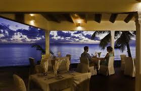 restaurants curtain bluff