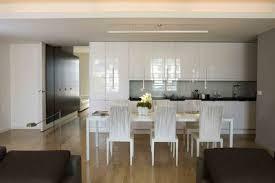 cuisine blanche classique couleur décoration cuisine optez pour l indémodable cuisine