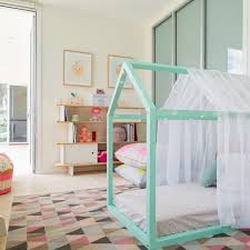 childrens bedroom decor 27 stylish ways to decorate your children s bedroom the luxpad