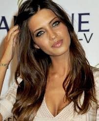 gorgeous hair i love the pretty brown color with iker wants to pucker up again green eyes template and makeup