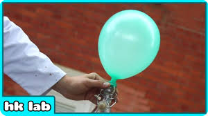 balloons that float look at this balloon now look how i make it float in air without