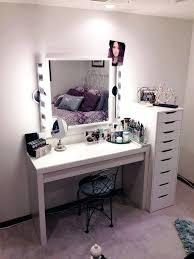 Small Desk Vanity Small Makeup Desk Bethebridge Co