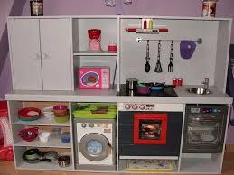 faire une cuisine pour enfant faire une cuisine pour enfant dans des meubles de cuisine superbe
