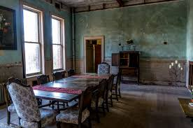 Photo Essay Preston Castle Dining Room And Kitchen CalEXPLORnia - Castle dining room