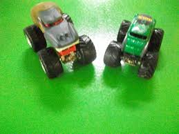 scooby doo monster jam truck toy monster jam truck prime evil incredible hulk 1 64 scale lot of 2