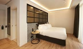 hotel barcelone dans la chambre hôtel the serras barcelone hôtel 5 étoiles près de la plage
