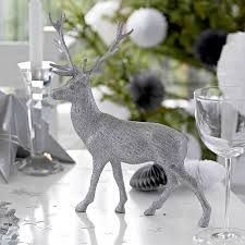 Table Decorations For Christmas by Silver Christmas Table Decorations Artofdomaining Com