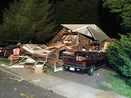 connecticut house connecticut house explosion injures 7 sends debris flying the