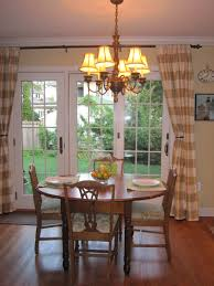 Attractive Kitchen Table Centerpiece Ideas