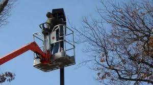 led parking lot lights vs metal halide led parking lot light retrofit 400w to 135w youtube