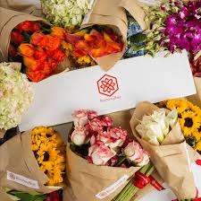 flower subscription 8 best flower subscription services and boxes tastebud
