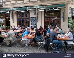 Wohnzimmer Berlin Helmholtzplatz Wohnzimmer Bar Berlin Prenzlauer Berg Berlin And Search On