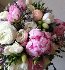 order flowers for delivery botany floral studio 647 341 6646 toronto florist flower