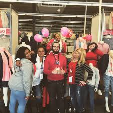 old navy hours on thanksgiving old navy 13 reviews men u0027s clothing 3753 boston st canton