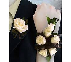 White Corsages For Prom Homecoming U0026 Prom Flowers Delivery Perrysburg Oh Ken U0027s Flower
