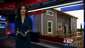 warren students build homes from shipping containers