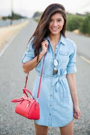 What To Wear With Light Jeans 20 Shirt Dress Looks To Wear Styles Weekly
