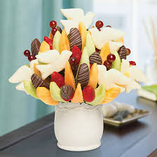 dipped fruit baskets sympathy gift baskets memorial gifts edible arrangements
